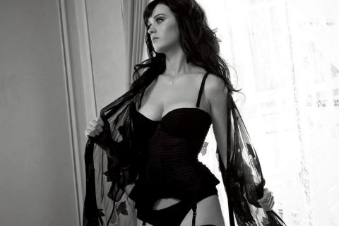 Katy Perry utiliza curioso método para olvidarse de John Mayer