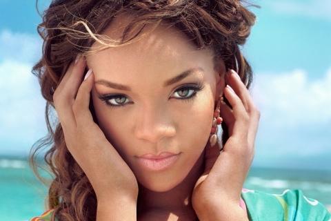 Fotos: Rihanna sorprende con imágenes hot