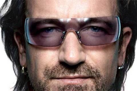 Bono celebró su cumpleaños 54 como uno de los hombres más sexys del planeta