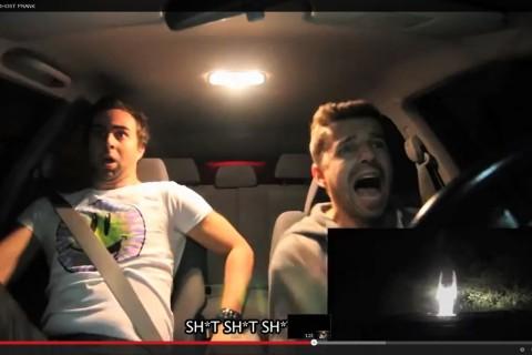 Video: Amigos protagonizan escalofriante broma en la web