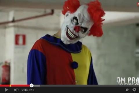 Video: 'Payaso asesino' difunde miedo en las calles
