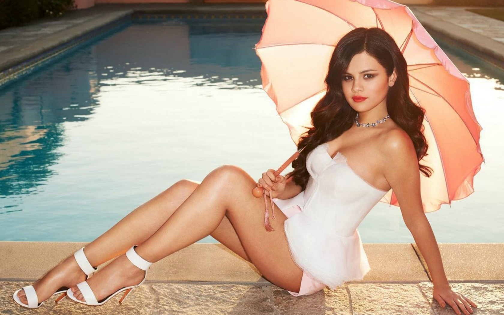 Selena Gomez Naked Body