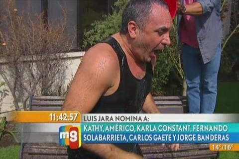 Revisa en imágenes el desafío del cubo con agua de Luis Jara