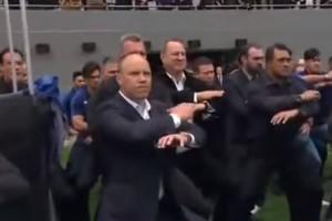 Emotivo Haka neozelandés despidió a Jonah Lomu en su funeral