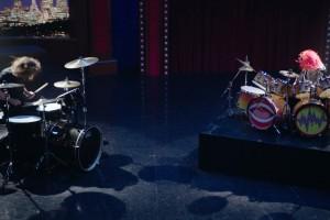 ¡Duelo de baterías! Dave Grohl contra un Muppet