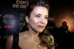 Karla Constant brilló en la alfombra roja del Copihue de Oro