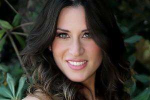 ¡Romina Ansaldo cambió su look!