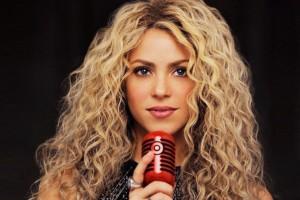 Shakira habla como española en Barranquilla