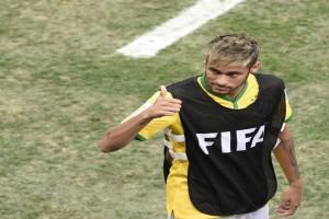 Neymar vio el partido de Brasil-Ecuador junto a Justin Bieber y Lewis Hamilton
