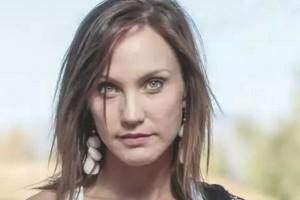 Fernanda Hansen sorprende con particular nuevo look