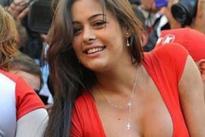 ¿Qué pasó con la sensual Larissa Riquelme?