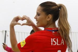 Gala Caldirola dedicó gol con romántico mensaje a Mauricio Isla