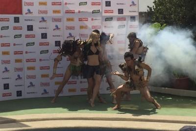 Ahora sí: Kika Silva baila ritmos trivales previo al piscinazo