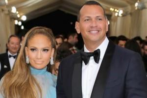 ¡RUMORES! Jennifer Lopez estaría embarazada de Alex Rodríguez