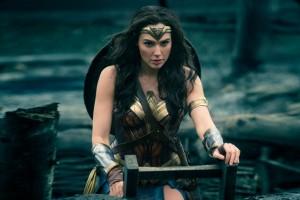 Gal Gadot, la nueva Mujer Maravilla, deslumbró a la crítica