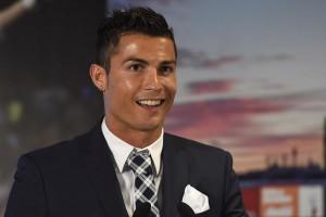Drástico cambio de look de Cristiano Ronaldo genera impacto mundial
