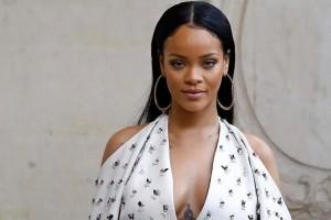 Rihanna fue  fotografiada en íntima escena con supuesto novio