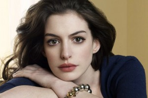 Anne Hathaway podría llegar a la pantalla grande como la primera