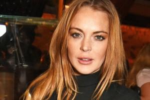 Lindsay Lohan impactó por su actual apariencia en traje de baño