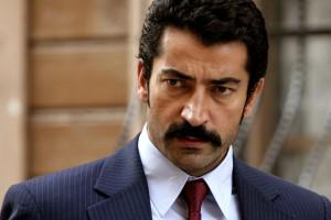 Galán de Karadayi protagoniza una leyenda del cine turco