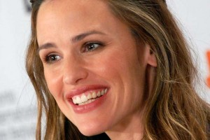 ¡Muy divertido! Jennifer Garner compartió vídeo post anestesia bucal