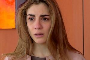 ¡Agustina se enteró de la enfermedad de su padre!