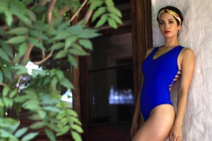 Paula Bolatti se luce modelando body peludo estilo Silver ¡promete ser tendencia!