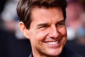 ¿Tom Cruise usa trasero falso?