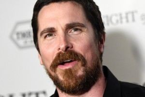 ¡Lo hizo de nuevo! Christian Bale se mostró irreconocible