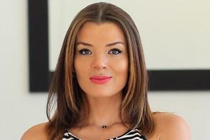 Pilar Ruiz se atreve con foto semidesnuda