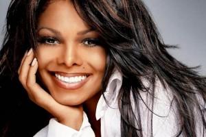Janet Jackson apareció con nuevo rostro