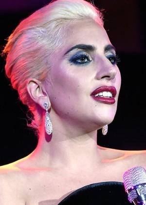 Lady Gaga encendió las redes sociales con osado destape