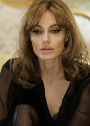 Angelina Jolie confesó que intentó salvar su matrimonio con una película