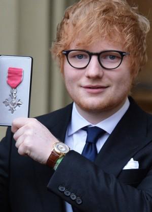 ¡Ed Sheeran ahora es miembro del Imperio Británico!
