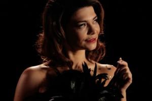 A 15 años de su estreno, Antonella Ríos revivió sexy fotografía de