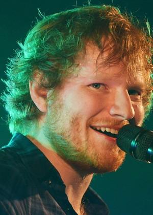 ¡Ed Sheeran anunció que contraerá matrimonio!