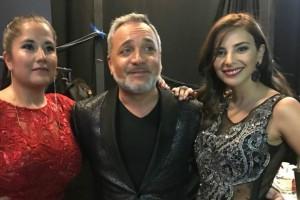 Al mejor estilo de Whitney Houston: Carolina Soto y Daniela Castillo se lucieron junto a Luis Jara