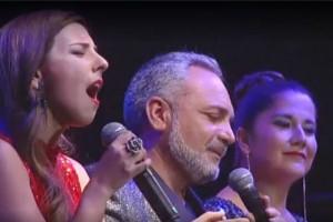 ¡Increíble! Con esta canción Carolina Soto y Daniela Castillo sorprendieron a Luis Jara