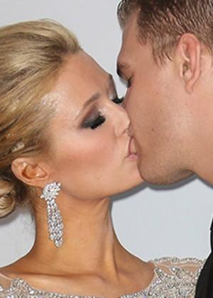 Paris Hilton usará tres vestidos de novia en su matrimonio