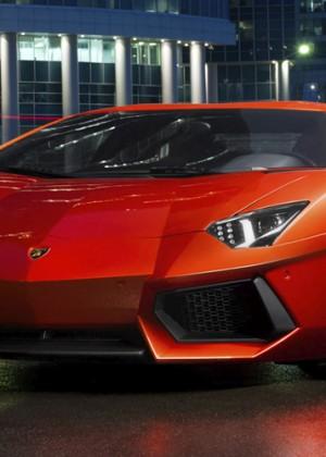 Arrendó un Lamborghini en Dubái y ahora debe 30 millones de pesos en multas