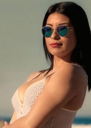 Fanny Cuevas se animó con un sensual topless en Ibiza