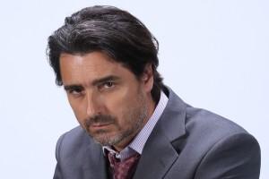 Jorge Zabaleta se pone el traje de fiscal para desentrañar los secretos de candidato presidencial