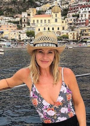 Marcela Vacarezza recordó con una fotografía cómo lucía en bikini el año 1995